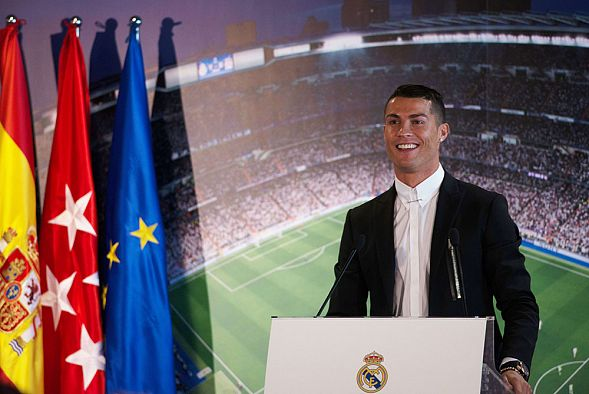 Криштиану Роналду перешел из испанского Реала в итальянский Ювентус